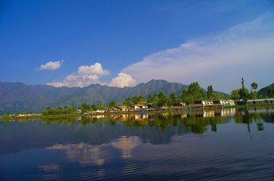 Kashmiri Dal Lake